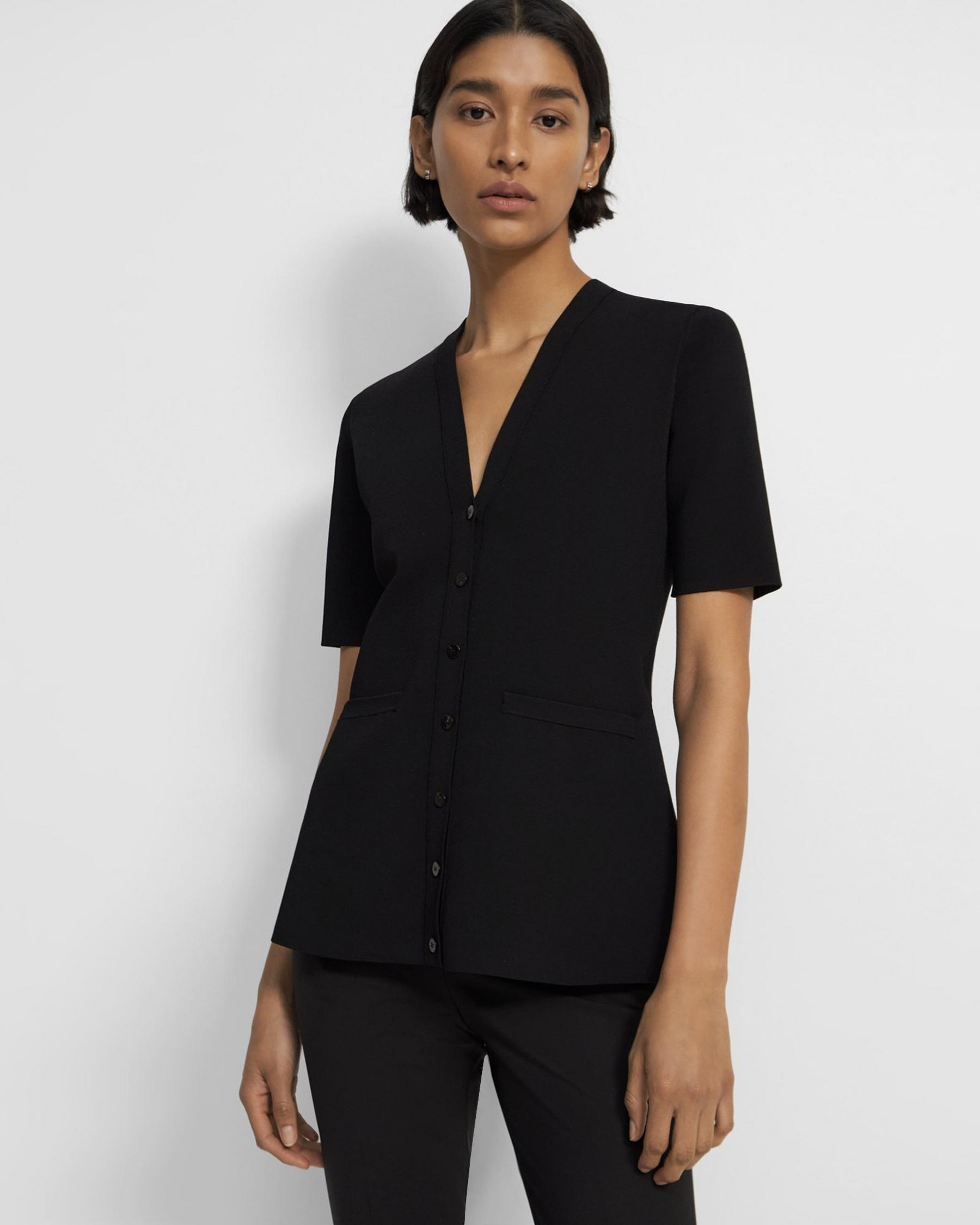 Short-Sleeve Cardigan in Crepe Knit
