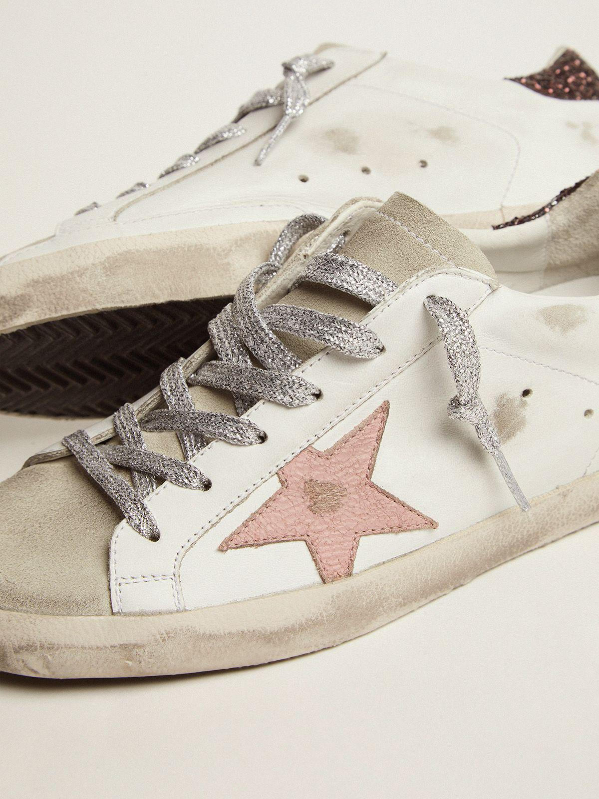 Super-Star sneakers with brown glitter heel tab and pink crackled leather star 2