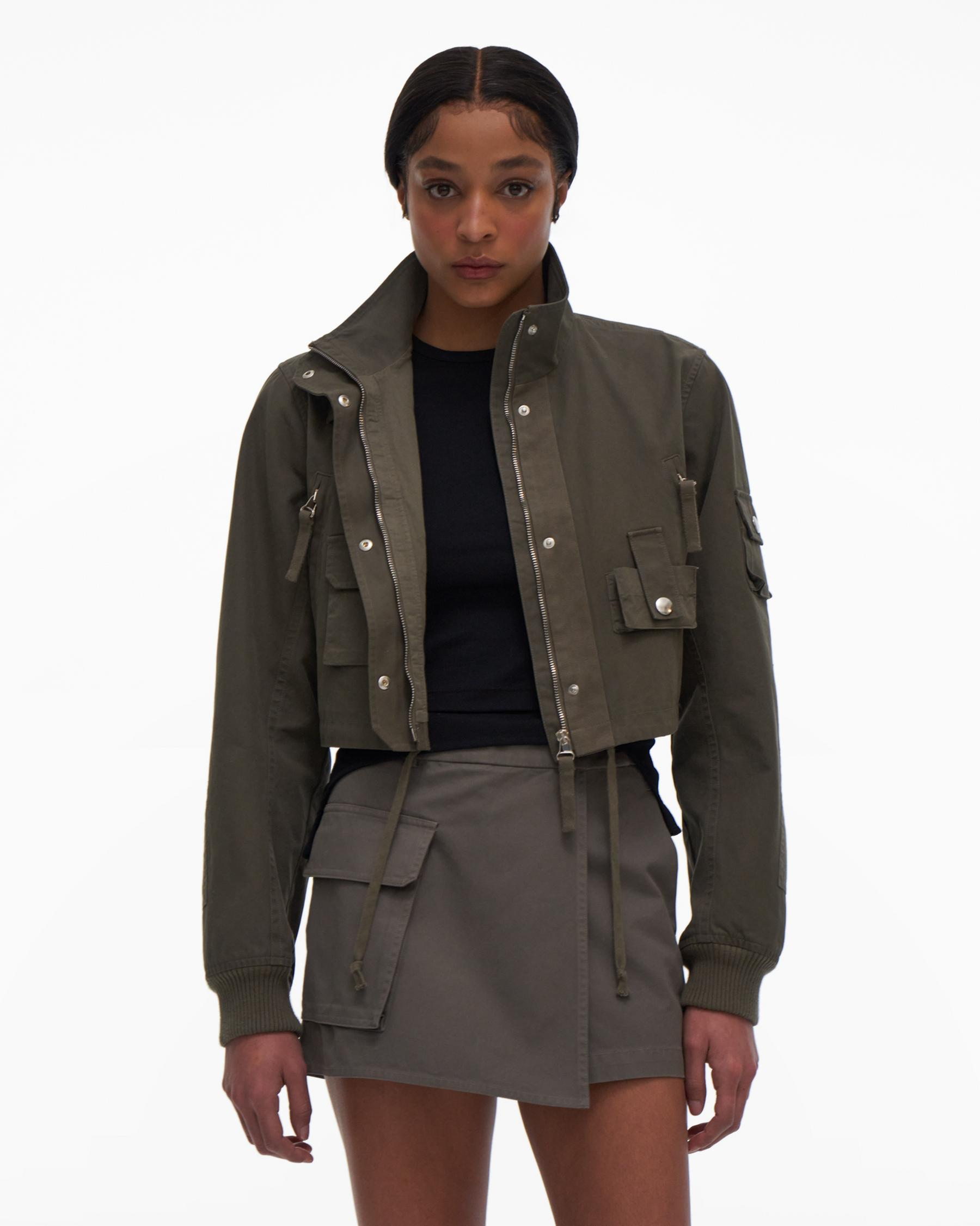 CROPPED BOMBER 1