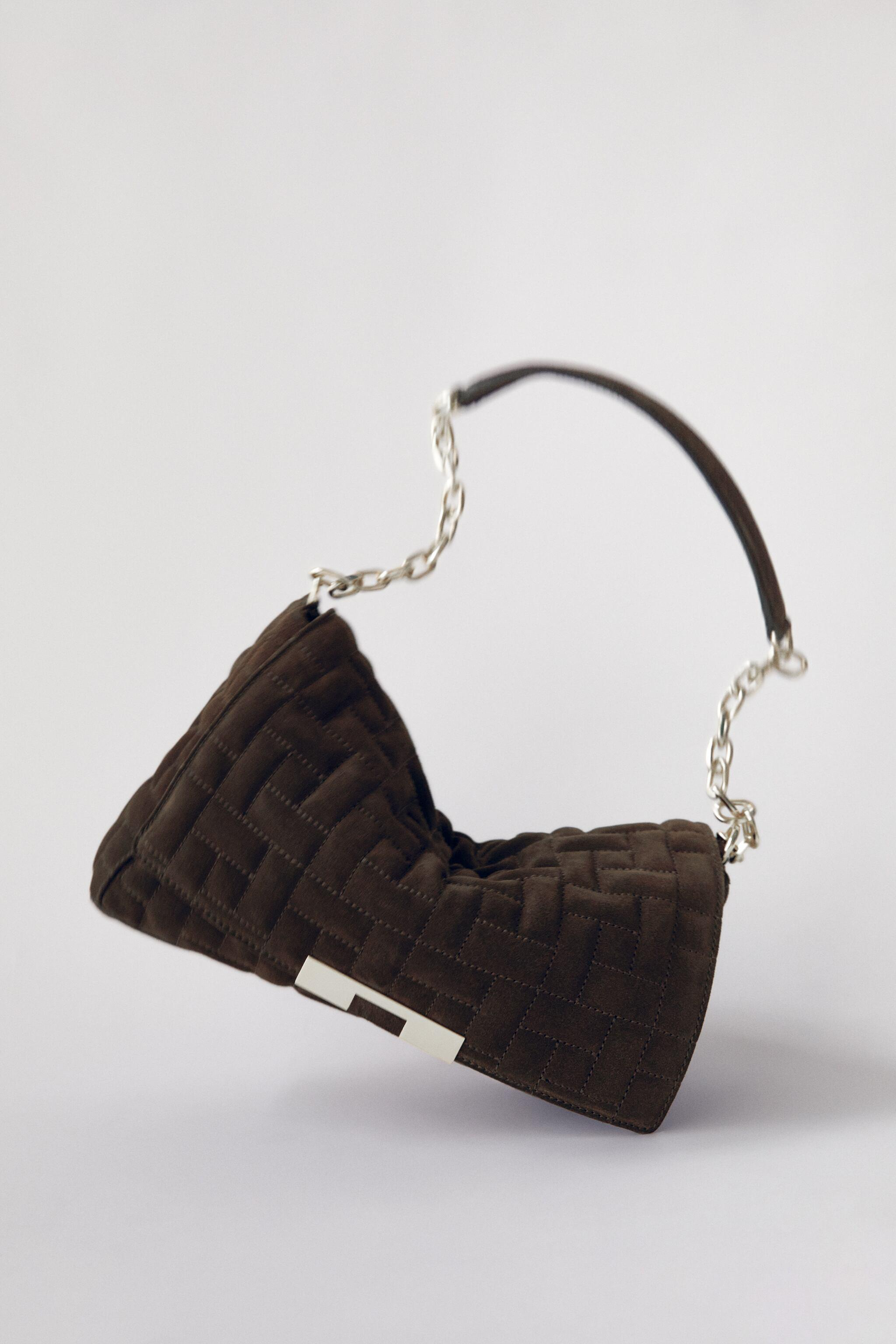 CHAIN TRIM QUILTED LEATHER SHOULDER BAG
